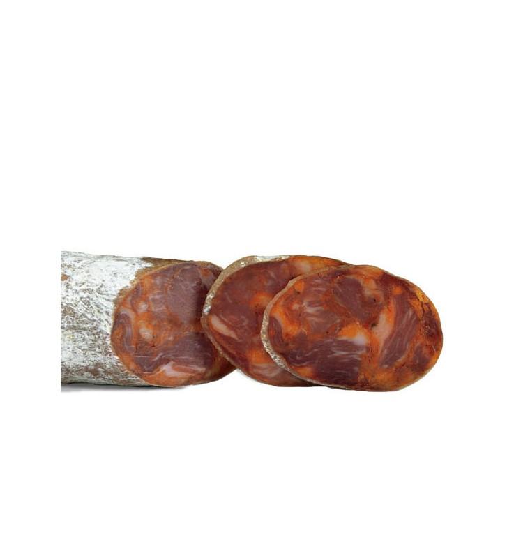 Chorizo ibérico media pieza incluida en el lote embutido ibérico de bellota medias de lomo chorizo y salchichón